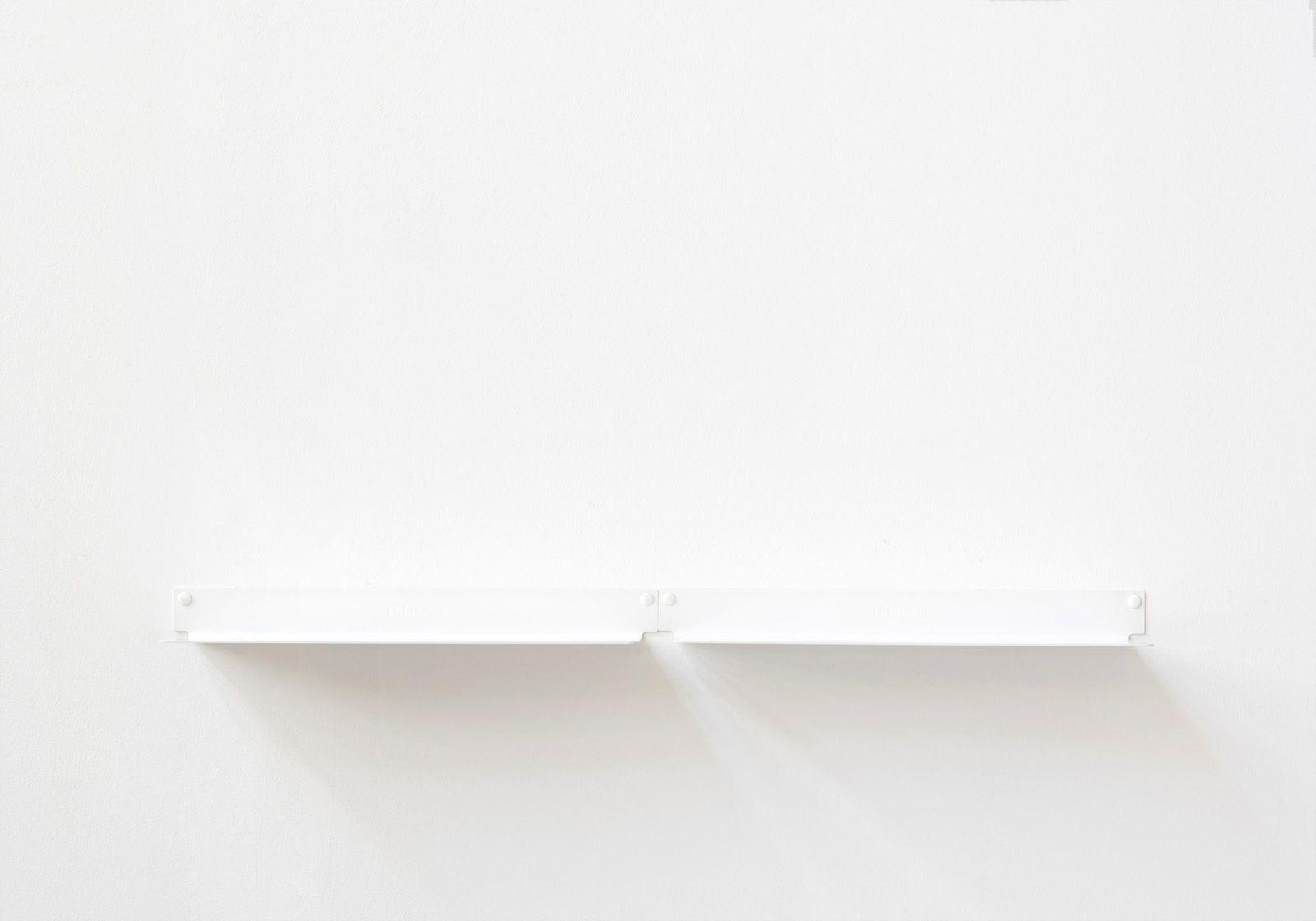 Tablette Murale A Fixation Invisible Étagère murale design. blanc, invisible et en métal 45 cm