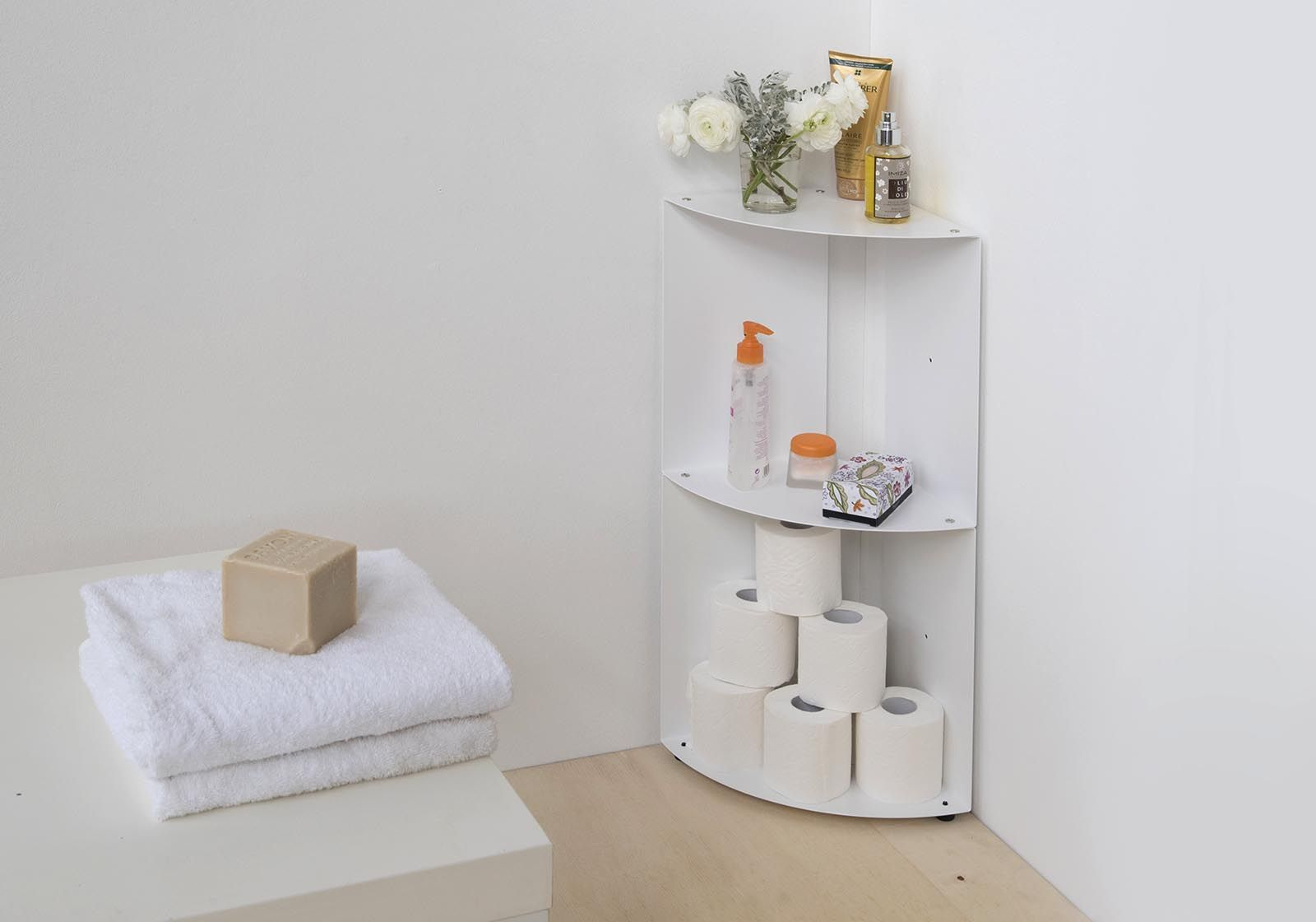 Mensole d angolo per bagno dangolo acciaio 25x25x70cm for Mensole per quadri