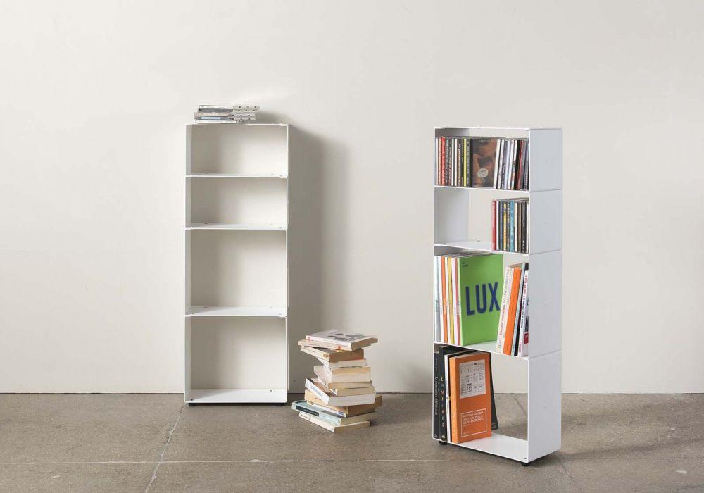 Libreria di design per libri e cds L30 H80 P15 cm - 4 livelli