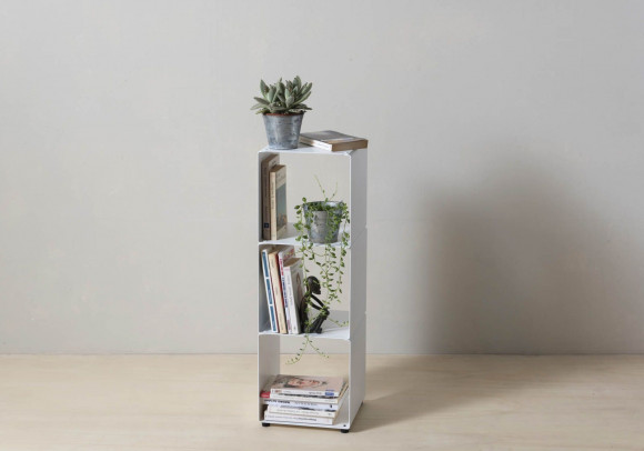 Cube shelf - Steel column storage - 3 shelves